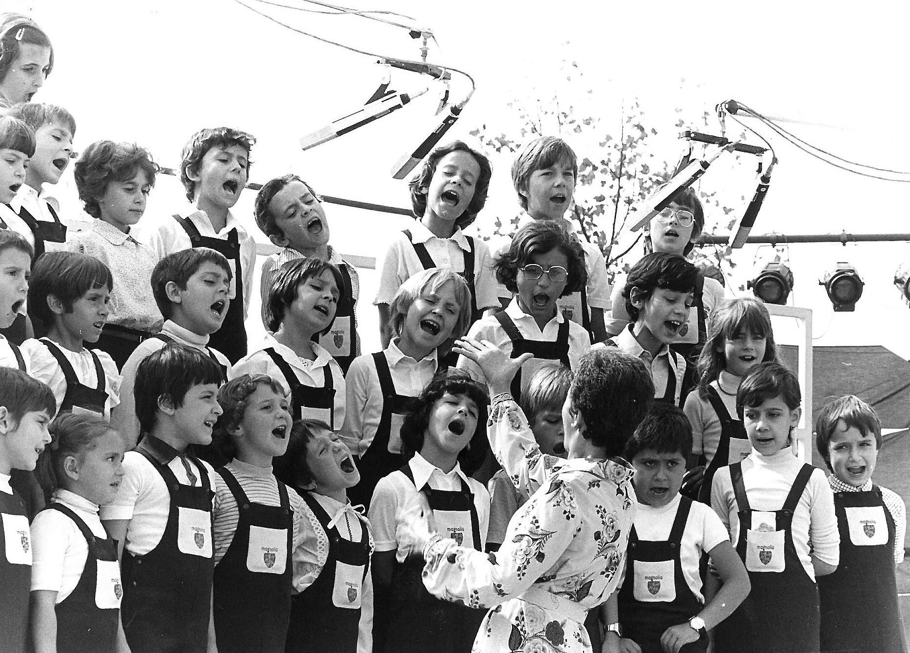 1979 - 4